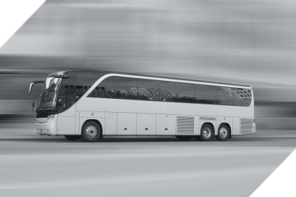 Coaches and mini buses for hire in Chicago, IL